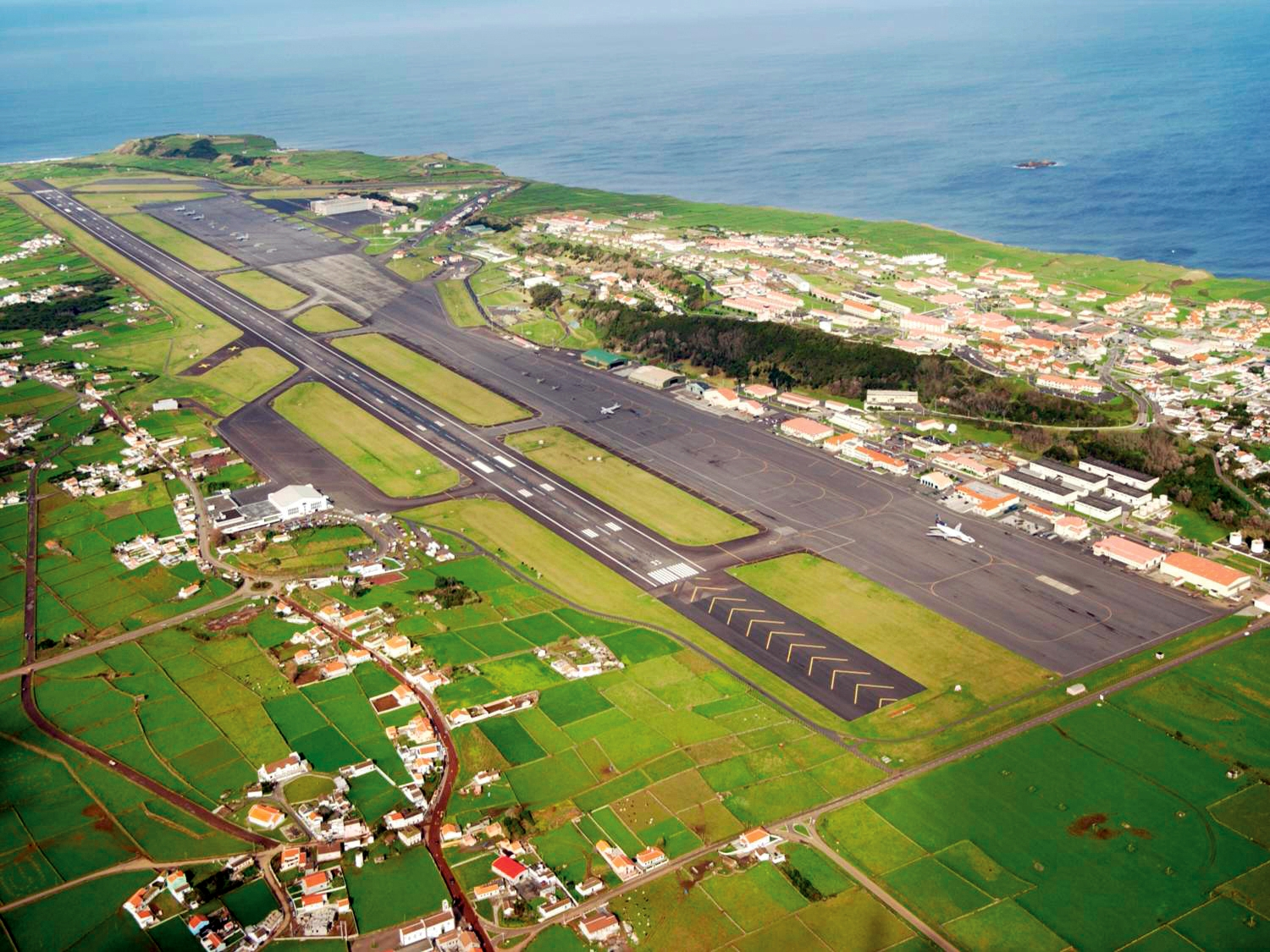 Lajes_Air_Base_2009